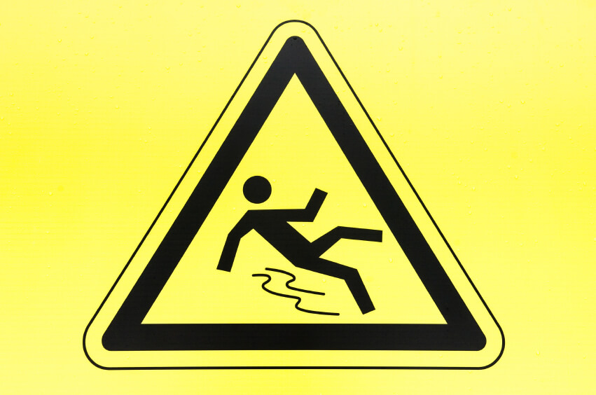Do Posted Signs Prevent You From Suing for Injury?